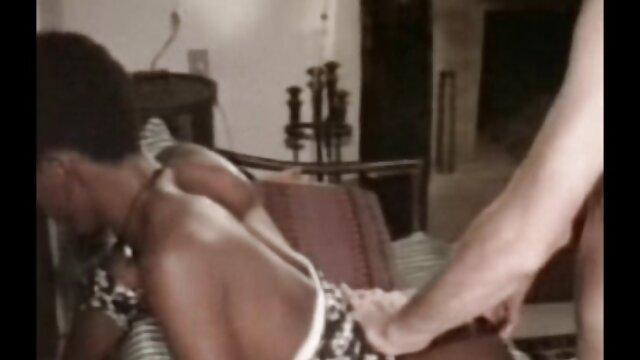 انجمن بدون ثبت نام  دوست او لغو جلسه ، و در خانه سکس کارگر خانه او تا به حال برای مقابله.