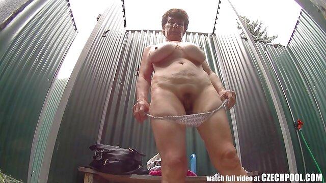 انجمن بدون ثبت نام  جوانان بزرگ کورینا بلیک طول می کشد دیک بزرگ سکس با نوکر خانه که پوند بر روی پوست او! 14.497