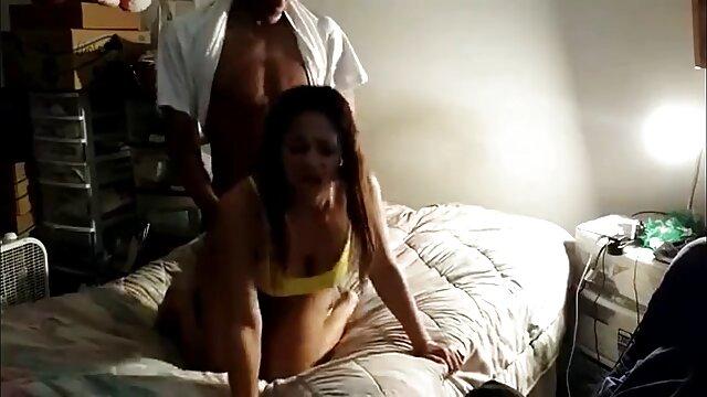 انجمن بدون ثبت نام  اولین بار, حامله, دختر استمناء در ارگاسم فیلم سکس در جنده خانه