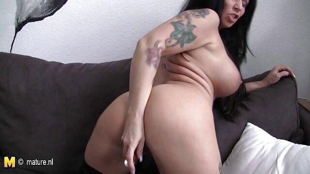 انجمن بدون ثبت نام  HotKinkyJo-xxxl, مشت فیلم سکس در جنده خانه کردن