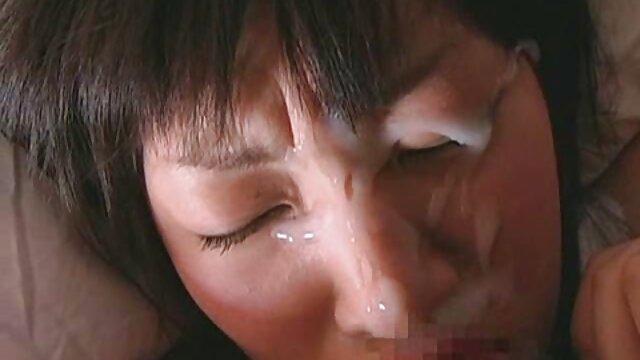 انجمن بدون ثبت نام  - ریکی سکس با کارگر منزل جانسون طعم بوسه جوجو را دارد
